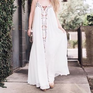 🌹HP🌹🔥Embroidery maxi Dress✨✨✨✨✨✨